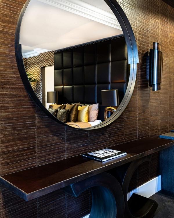 rapture-harvey-round-mirror-Hotel-de-Leijhof-©Lizeth-ligtvoet-02